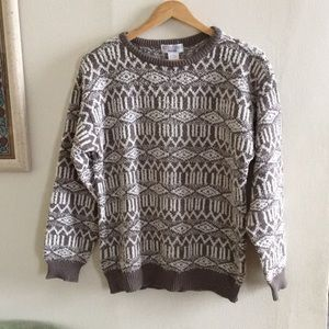 Vintage pattern sweater - taupe and white fuzzy